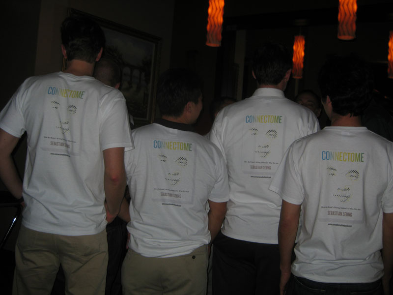 Connectome T-shirt back, Christoph Niemann